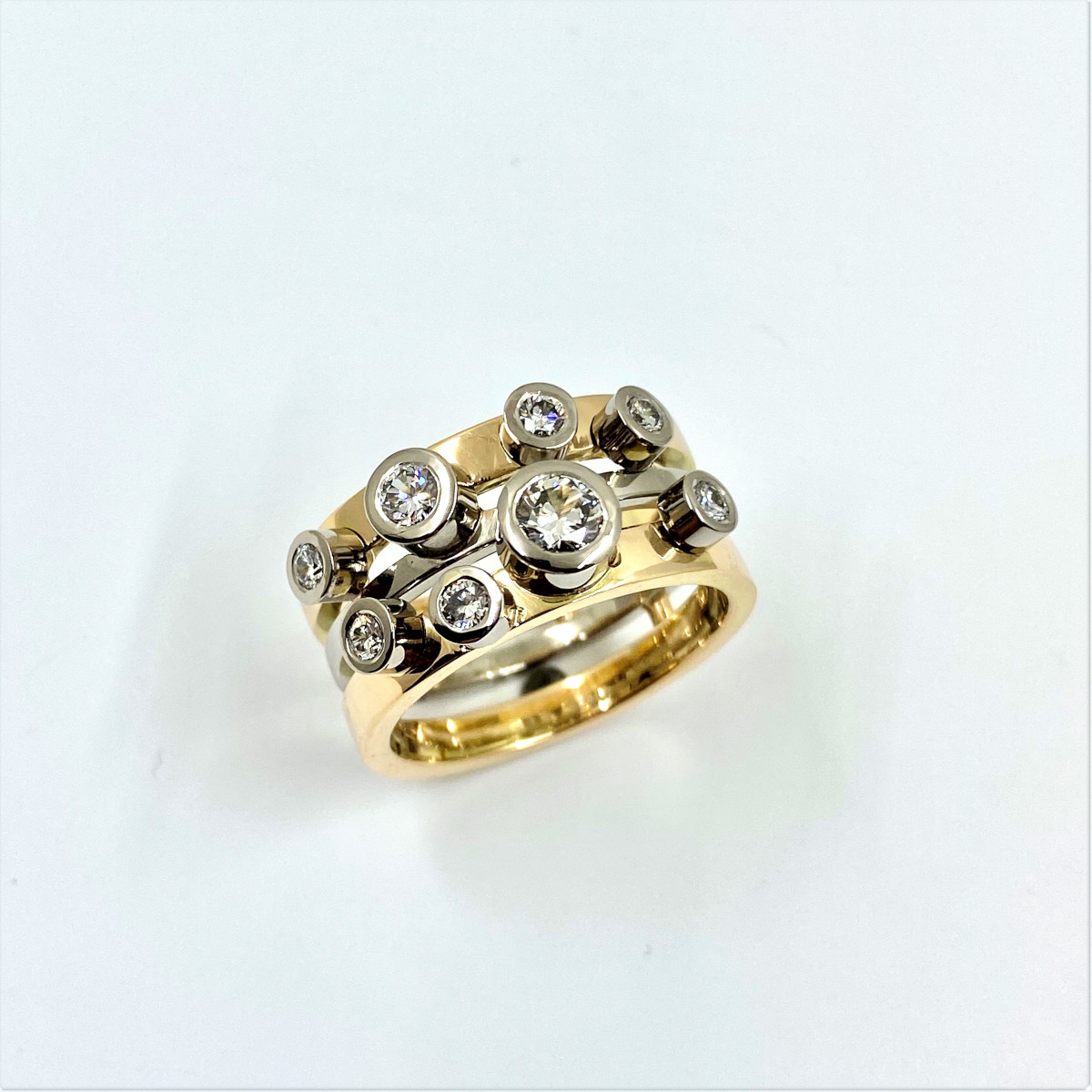 Diamantring, stor ring, briljantring