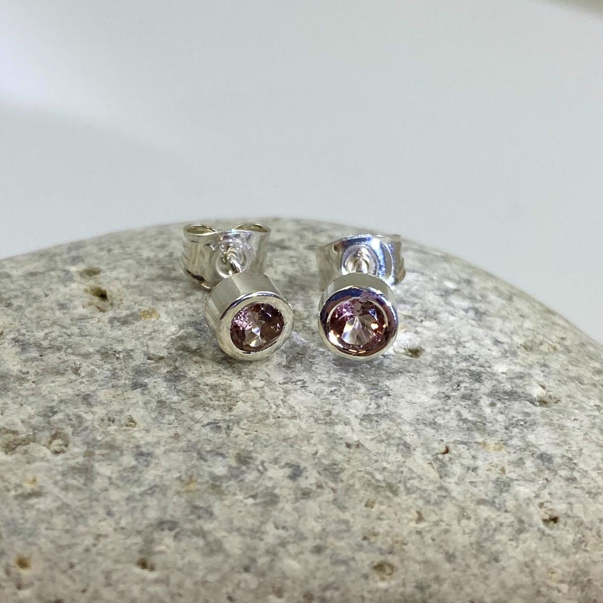 Silverörhänge, rosa turmaliner, örhängen
