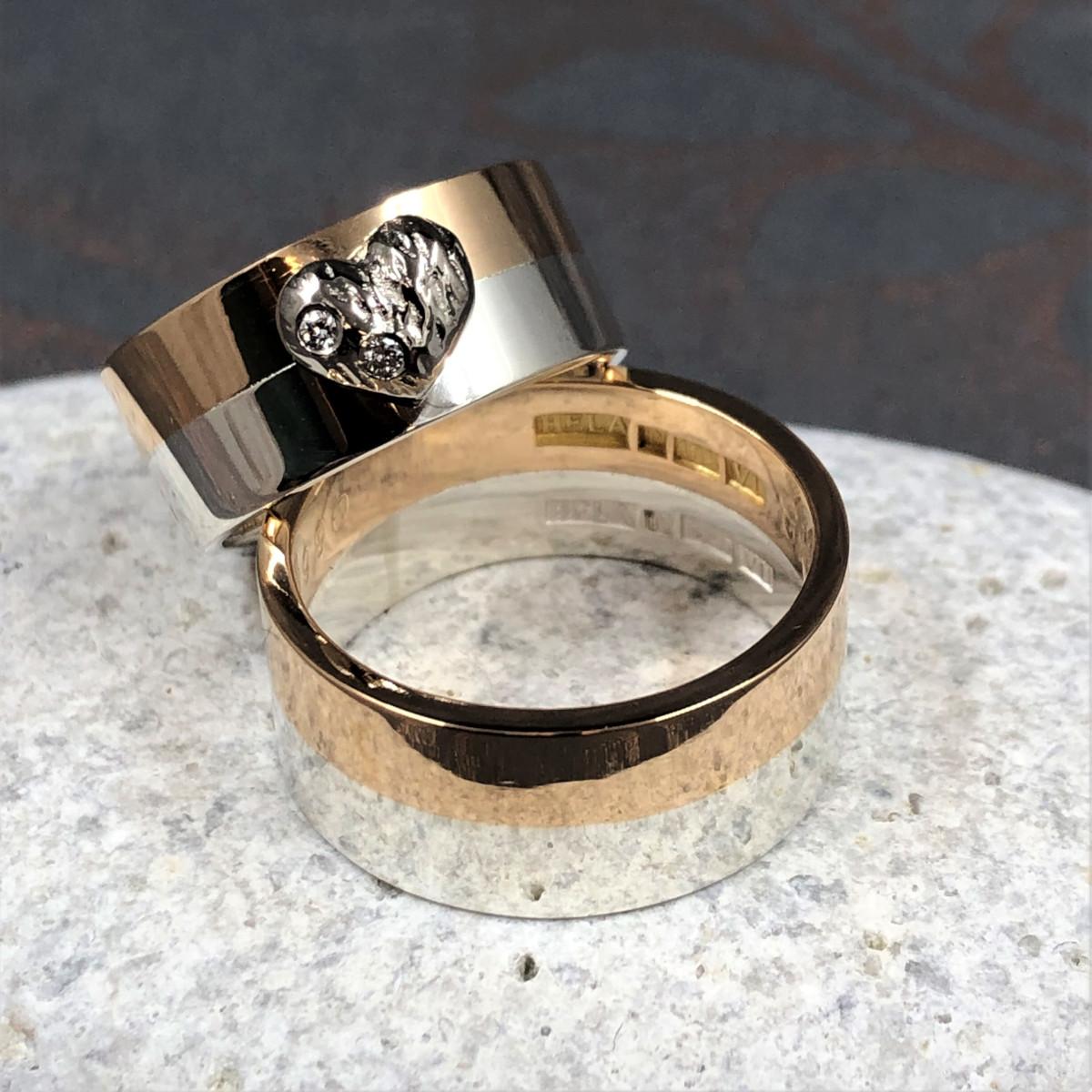 Tvåfärgade ringar, tvåfärgat guld, ring med hjärta