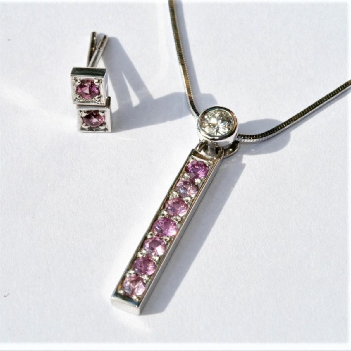 Rosa safirer, diamant, briljant