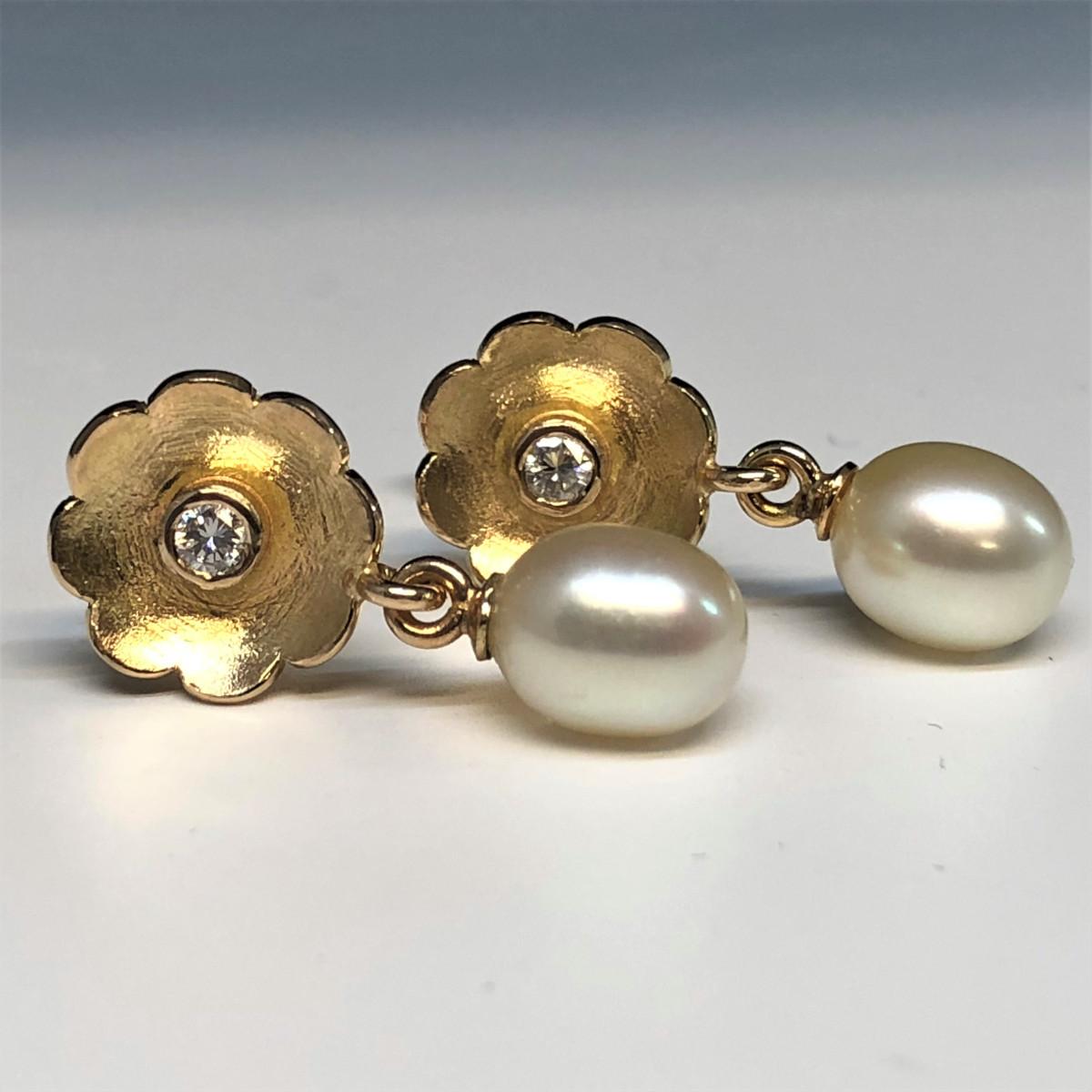 Blomörhängen, guldörhängen, diamantörhängen