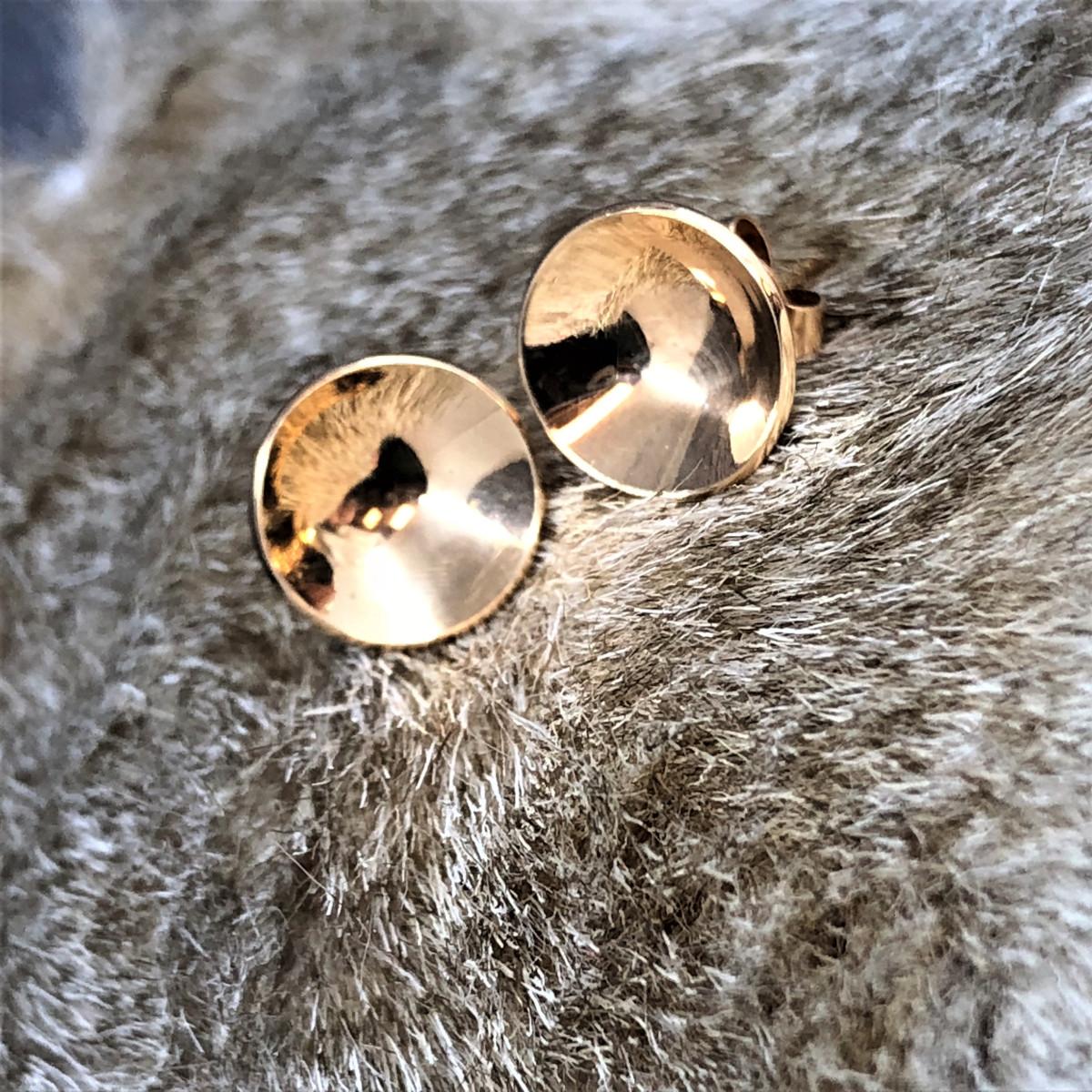 Guldörhängen, små örhängen, skålörhängen